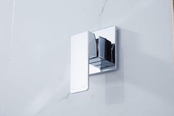 QUAZ square shower bath mixer chrome