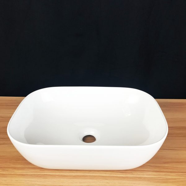 Ramer above counter basin with round corner edge